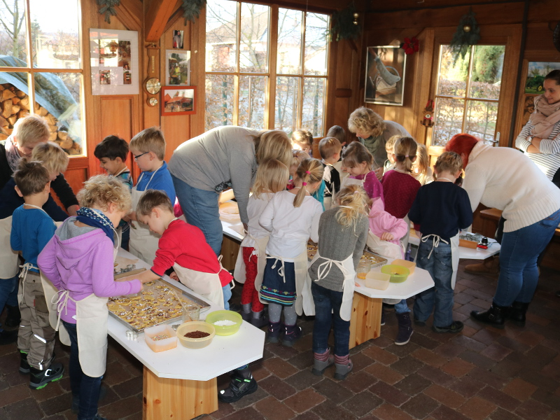 Kekse backen mit Kindergarten